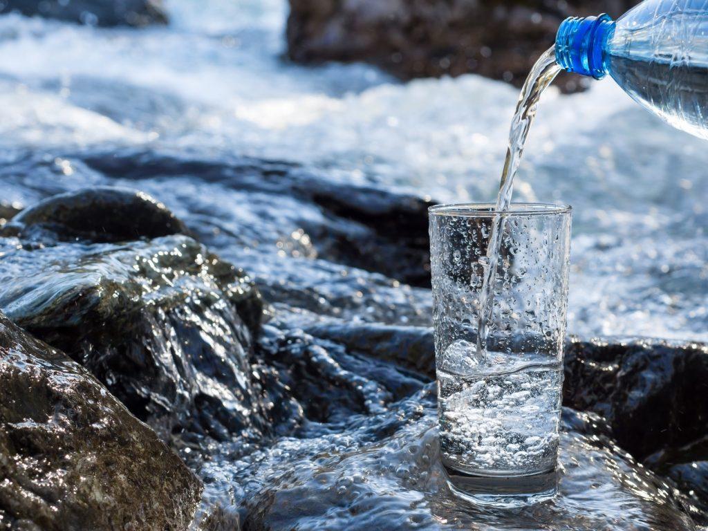 Bottled Water in Chicago Breakrooms